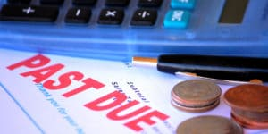 Invoice Factoring vs Debt Collection