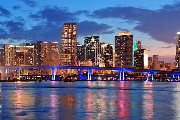 Miami factoring companies help businesses improve cash flow.
