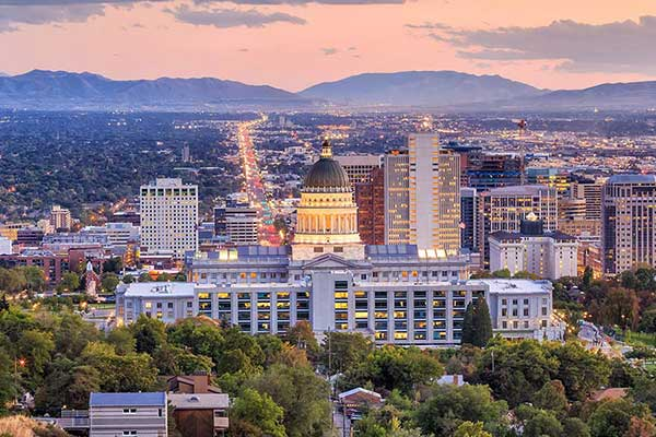 Salt Lake City factoring companies help businesses improve cash flow.